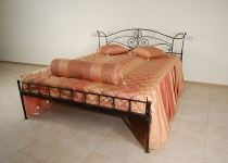 Кованая кровать